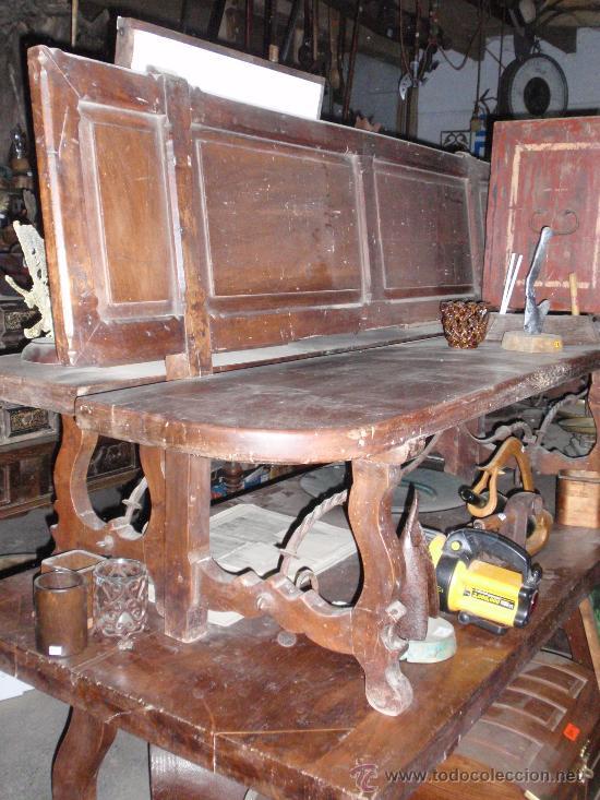Antigüedades: Mesa de lira castellana de nogal español y con 2 bancos a juego. Medida 310x0.96x cm - Foto 3 - 24026167