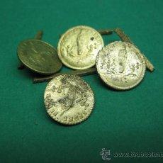 Antigüedades: ANTIGUOS CUATRO BOTONES EN BRONCE CON LA VIRGEN DEL PILAR EN RELIEVE, PP.SG.XIX. PARA PANTALON. Lote 25152236