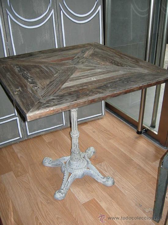 MESA O VELADOR DE MADERA CON PATA DE HIERRO TIPO BAR (Antigüedades - Muebles Antiguos - Mesas Antiguas)