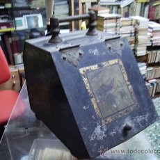 Antigüedades: PAREJA DE CARBONERAS METALICAS Y CON DIBUJOS Y COMPLETAS . Lote 26664995