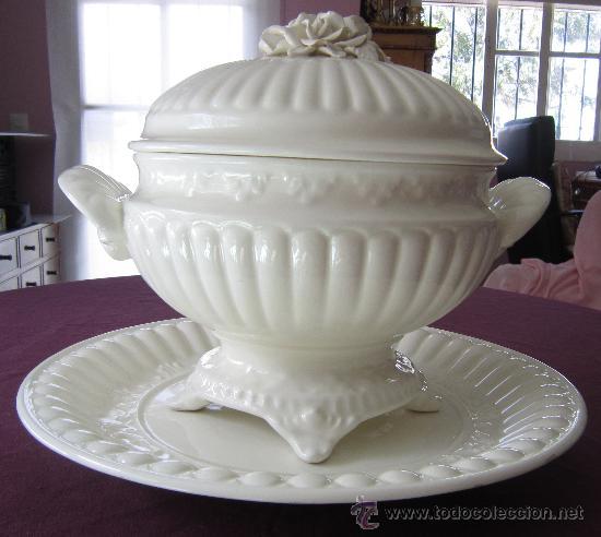 SOPERA DE CERÁMICA CON SU PLATO, PRINCIPIOS SIGLO XX (Antigüedades - Porcelanas y Cerámicas - Otras)
