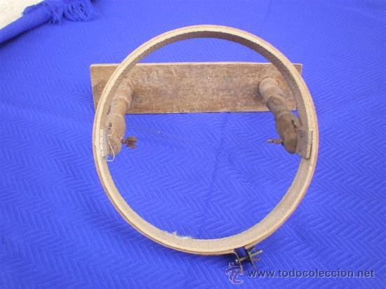 BORDADOR DE MADERA ANTIGUA (Antigüedades - Moda - Encajes)