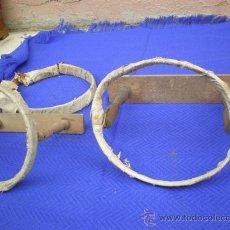 Antigüedades: 2 BORDADOLES DE MADERA ANTIGUA. Lote 25350605