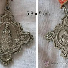 Antigüedades: NIÑO JESUS DE PRAGA MEDALLA CON CINTA. Lote 236083330