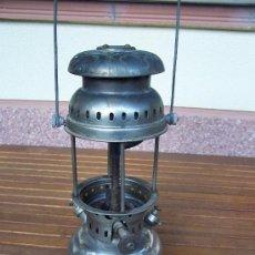 Antigüedades: LAMPARA O QUINQUÉ DE PETROLEO.ALTO APROX. 33 CM. DIAMETRO DEPÓSITO APROX. 15 CM.. Lote 26916215