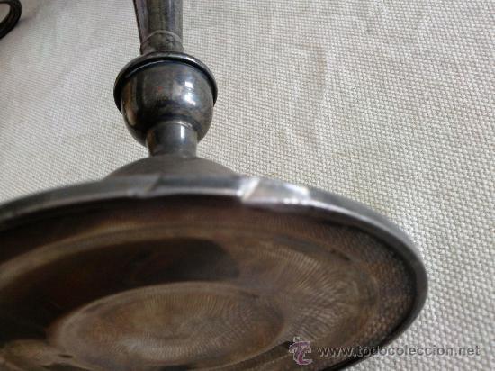 Antigüedades: Bonita pareja de candelabros de plata convertibles en candeleros,3 kilos con contrapeso,con marca. - Foto 11 - 26897751