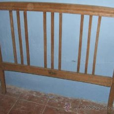 Antigüedades - Cabecero modernista en madera, para restaurar. - 69829111