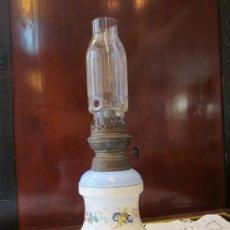 Antigüedades: QUINQUE EN PORCELANA S-XIX. Lote 27186896