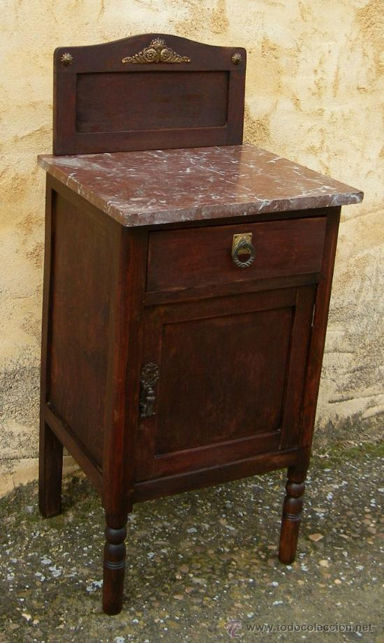Mesilla de madera antigua con altillo y encime comprar - Mesillas antiguas ...