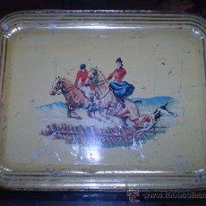Antigüedades: BANDEJA DE CHAPA PRINCIPIOS DEL S XX. Lote 25808085
