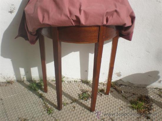 Antigüedades: consola de madera co tapa y tela antigua - Foto 3 - 25959495