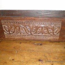 Antigüedades: MACETERO DE MADERA TALLADA. Lote 25971243