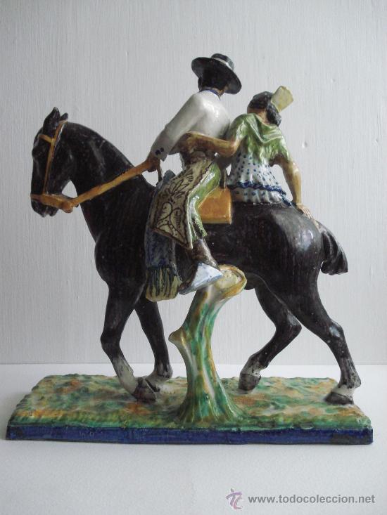 Antigüedades: FLAMENCOS A CABALLO . FIGURA DE CERAMICA VIDRIADA DE TRIANA.1900 - Foto 2 - 27414334