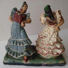 Antigüedades: FLAMENCAS BAILANDO. FIGURA DE CERAMICA -BARRO DE TRIANA S.XIX- TERRACOTA. Lote 27414342