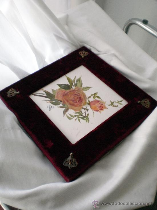 Antigüedades: Baldosa firmada y pintada a mano S XIX: Rosas - Foto 2 - 26047371