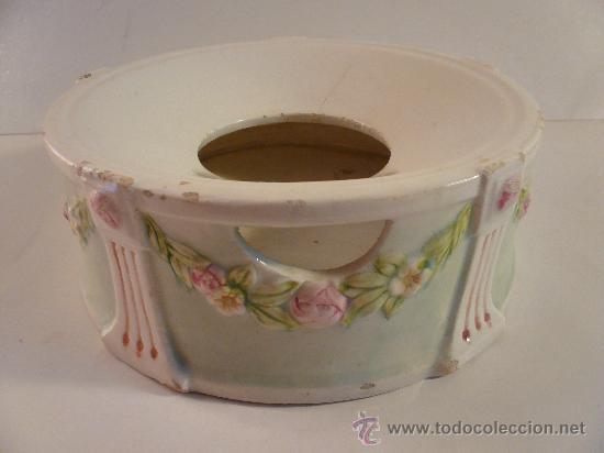 ESCUPIDERA MODERNISTA (Antigüedades - Porcelanas y Cerámicas - Otras)