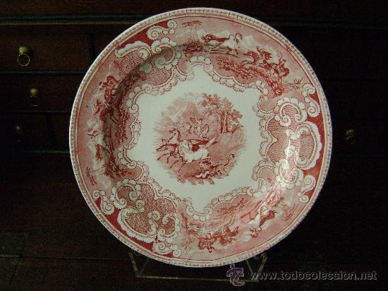 BANDEJA DE CARTAGENA EN COLOR ROSA (Antigüedades - Porcelanas y Cerámicas - Cartagena)