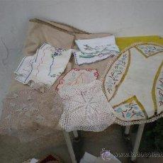 Antigüedades: PAÑOS ANTIGUOS BORDADOS. Lote 26353325