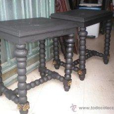 Antigüedades: PAREJA DE MESITAS TORNEADAS. Lote 26353591