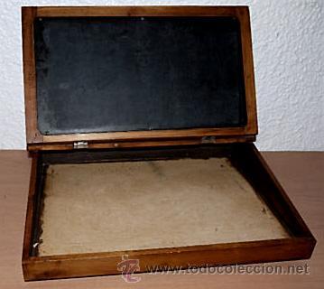 PUPITRE ESCRITORIO SOBREMESA AÑOS 30/40 CON PIZARRA ORIGINAL. (Antigüedades - Muebles Antiguos - Escritorios Antiguos)