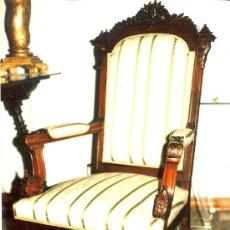 Antigüedades: SILLÓN ANTIGUO ESTILO CARLOS IV.TALLADO. MADERA DE HAYA. BARNIZADO Y PATINADO. VER DETALLES. Lote 50326915