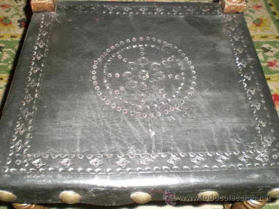 Antigüedades: silla torneada con cuero negro - Foto 4 - 26728309