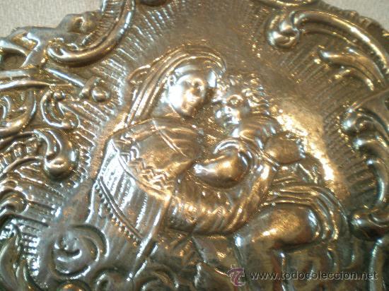 Antigüedades: pila de agua bendita de plata virgen con el niño xx - Foto 2 - 26844299