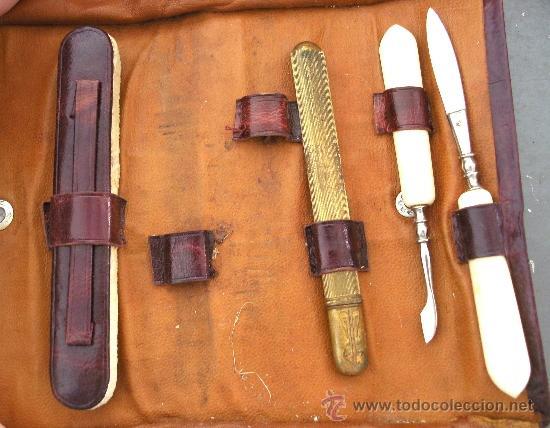 Antigüedades: juego de manicura incompleto, de cuero, con tijeras en estuche de laton, publicidad cerveza trimalta - Foto 3 - 27000216