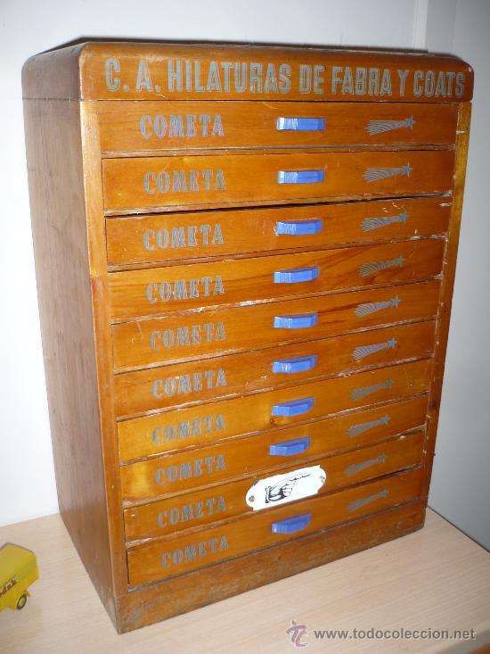 Antiguo mueble madera de tienda 10 cajones hilo comprar for Muebles antiguos barcelona