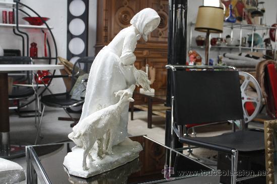 Antigüedades: GRAN FIGURA DE PORCELANA AUSTRIACA FIRMADA. SELLO EN BASE TURN (PERIODO 1899-1918). ALTURA: 60 CMS. - Foto 6 - 27179645