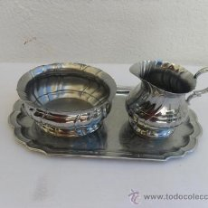 Antigüedades: PEQUEÑA BANDEJA,LECHERA Y AZUCARERA DE ACERO. Lote 27090736