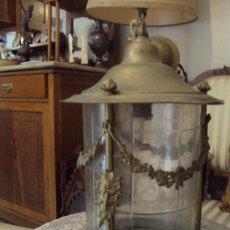 Antigüedades: BELLISIMO Y GRAN FAROL MODERNISTA EN LATON ,BRONDE Y CRISTAL REDONDO BISELADO. Lote 27285750