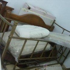 Antigüedades: CUNA ANTIGUA. Lote 30998641