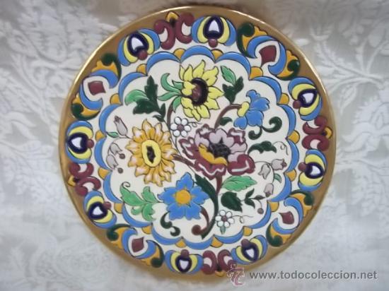 Platos ceramica platos cermica de talavera foto platos for Platos de ceramica