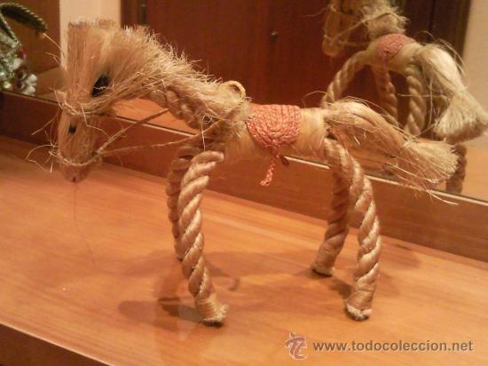 Antigüedades: caballo artesanal hecho con cuerda natural excepcional - Foto 8 - 27534246