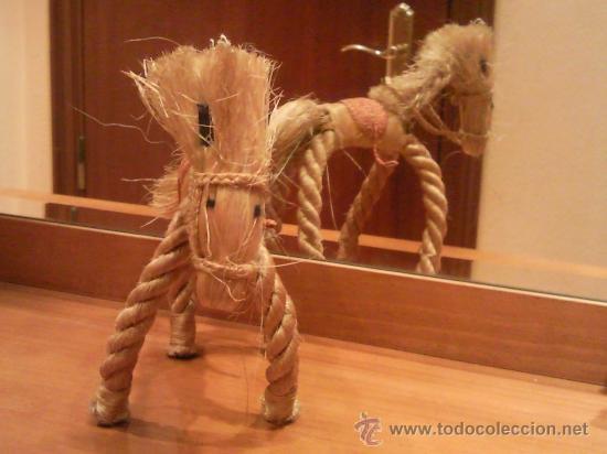 Antigüedades: caballo artesanal hecho con cuerda natural excepcional - Foto 6 - 27534246
