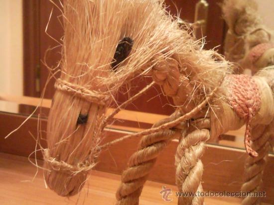 Antigüedades: caballo artesanal hecho con cuerda natural excepcional - Foto 4 - 27534246