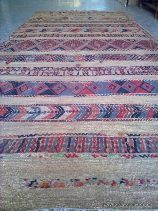 Antigua alfombra bereber comprar alfombras antiguas en for Alfombras de antigua