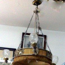 Antigüedades: ANTIGUA LAMPARA TECHO EN BRONCE Y SEDA. CIRCULAR CON DECORACIÓN DE MEDALLONES. Lote 27610916