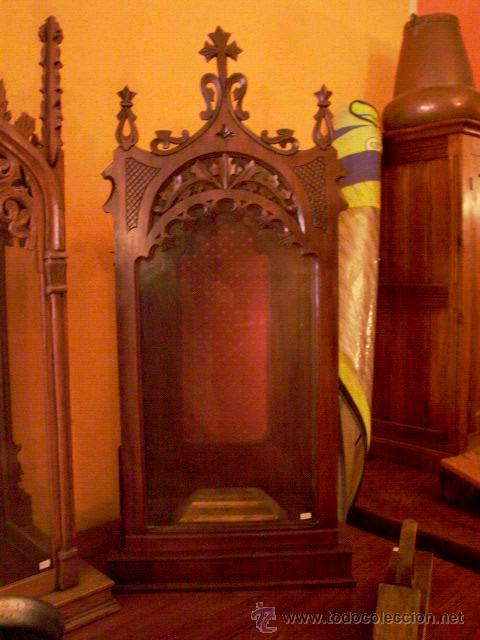 PRECIOSA CAPILLA DE NOGAL (Antigüedades - Religiosas - Artículos Religiosos para Liturgias Antiguas)