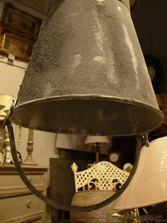 Antigüedades: ORIGINAL FAROL O LAMPARA METALICA CON LUZ IMITANDO UN CUBO AL REVES - Foto 3 - 27721043