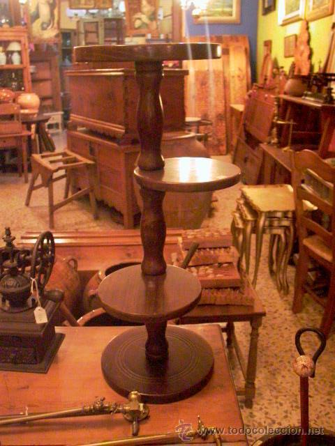 PEQUEÑO EXPOSITOR (Antigüedades - Muebles Antiguos - Revisteros Antiguos)