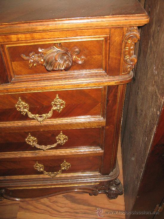 Antigüedades: Comoda Isabelina en nogal, con restos de policromia - Foto 4 - 27836272