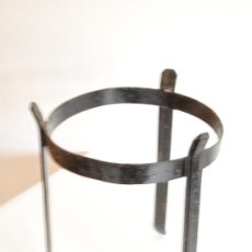 Antigüedades: TRES PIES DE FORJA. Lote 27876093