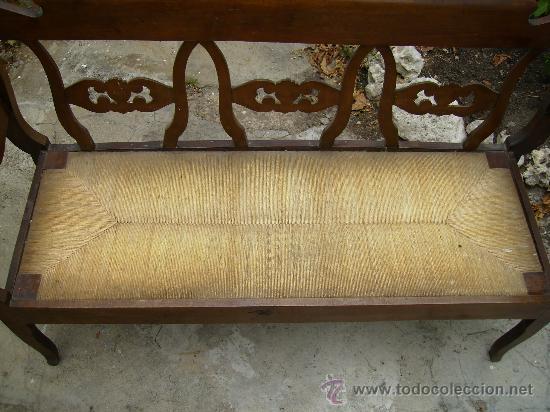 Antigüedades: bonito sofá de anea esta perfecto ni tiene ni ha tenido carcoma 1,50 de largo 48 fond 90 de alt - Foto 5 - 27892654