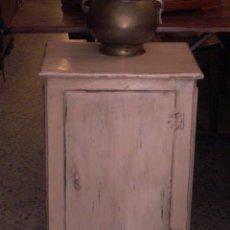 Antigüedades: PEQUEÑO MUEBLE ARMARIO. Lote 27956562