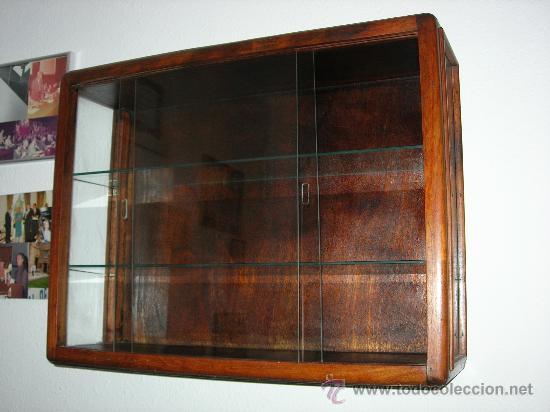 Vitrina antigua de pared de cristal y madera comprar - Imagenes de vitrinas de madera ...