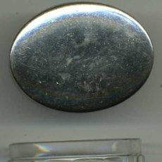 Antigüedades: FRASCO DE TOCADOR, CRISTAL TALLADO, TAPA METÁLICA PLATEADA. Lote 28090165