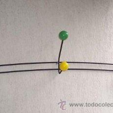 Antigüedades: PERCHERO HIERRO NEGRO Y BOLAS DE MADERA. Lote 28294154