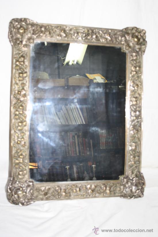 Bonito espejo con marco en metal plateado muy l comprar for Espejos con marco plateado